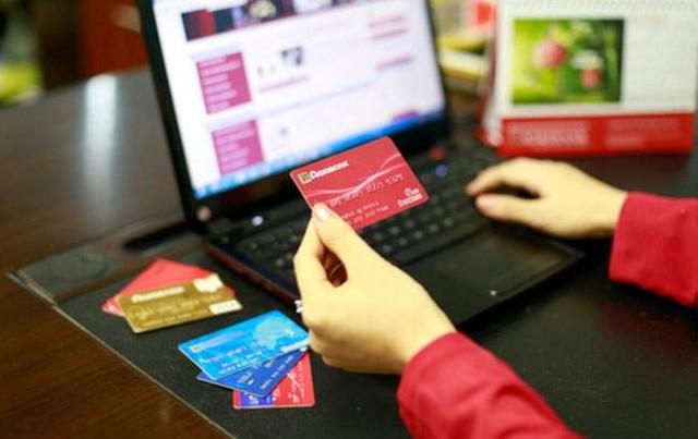 Vay tiền qua thẻ ATM Agribank là hình thức vay vốn lãi suất thấp không cần thế chấp